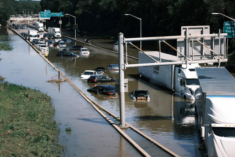 hurricane ida, major deegan expressway, bronx, flooding, abandoned cars, climate change, nyc, brooklyn, solar, clean energy, carbon neutrality